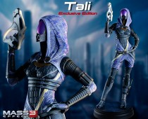 Mass Effect™: Tali'Zorah vas Normandy Exclusive Statue
